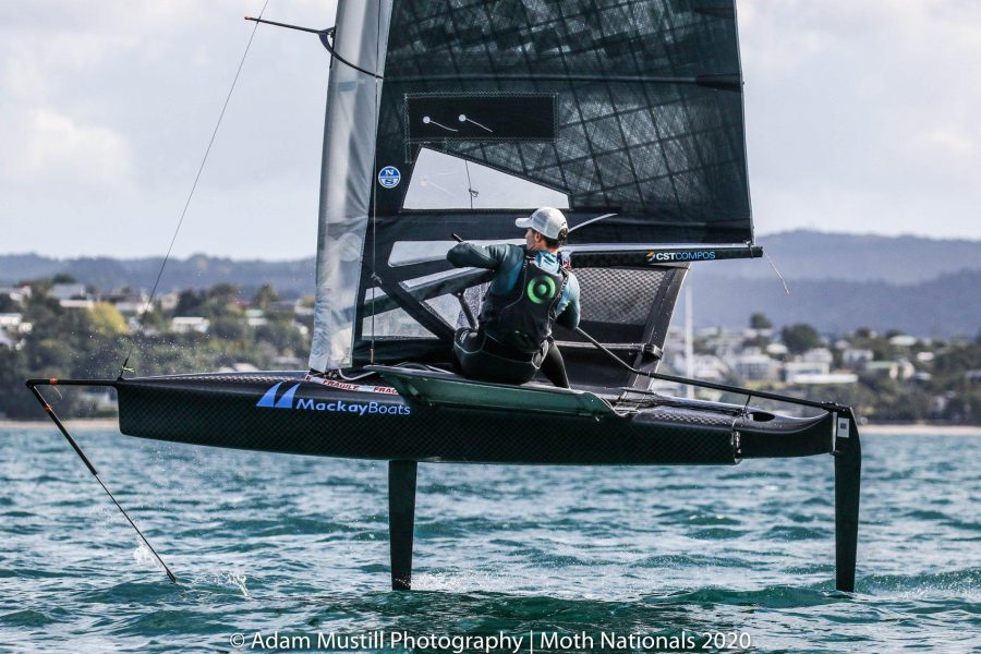 Meech beats classy field at Moth winter series