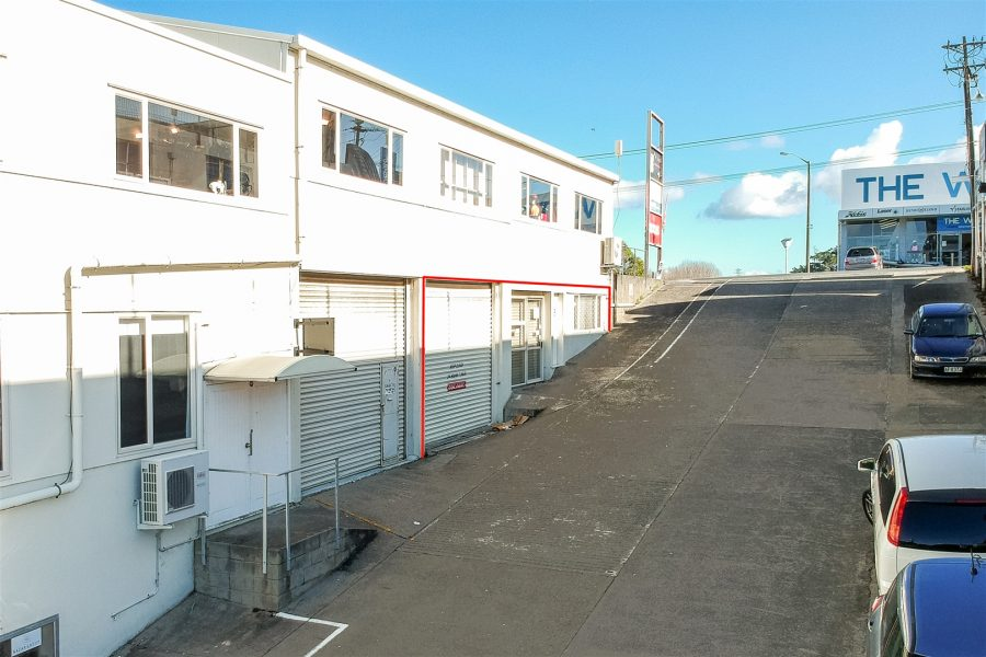 Takapuna Office/Warehouse – Approx 212m²